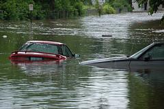 zaplavy-auta-feat