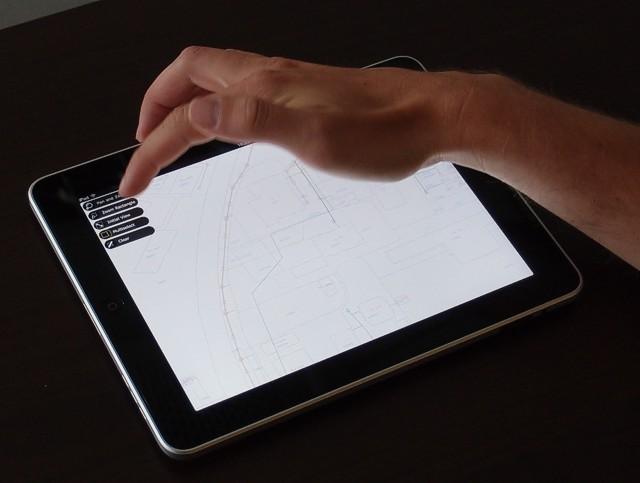 CAD-Studio-iPad-a-GIS-od-Autodesku-01