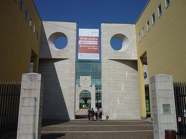 salzburg-agit-2011-univerzita-P1050401-w600