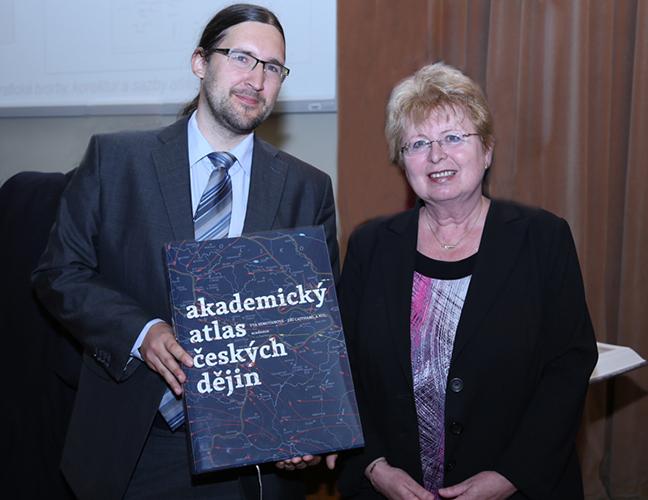 Jiří Cajthaml a Eva Semotanová představují Akademický atlas českých dějin