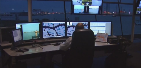 geobusiness-magazine-esri-special-achievement-2014-port-of-rotterdam-portmaps-gis-project-video-port05