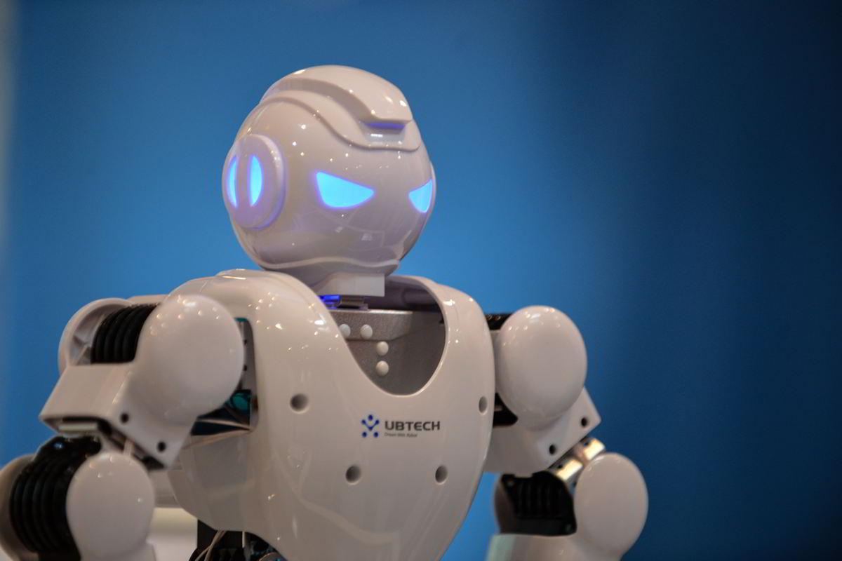 Veletrh vědy 2017: roboty, které rozumí lidské řeči (časopis GeoBusiness)