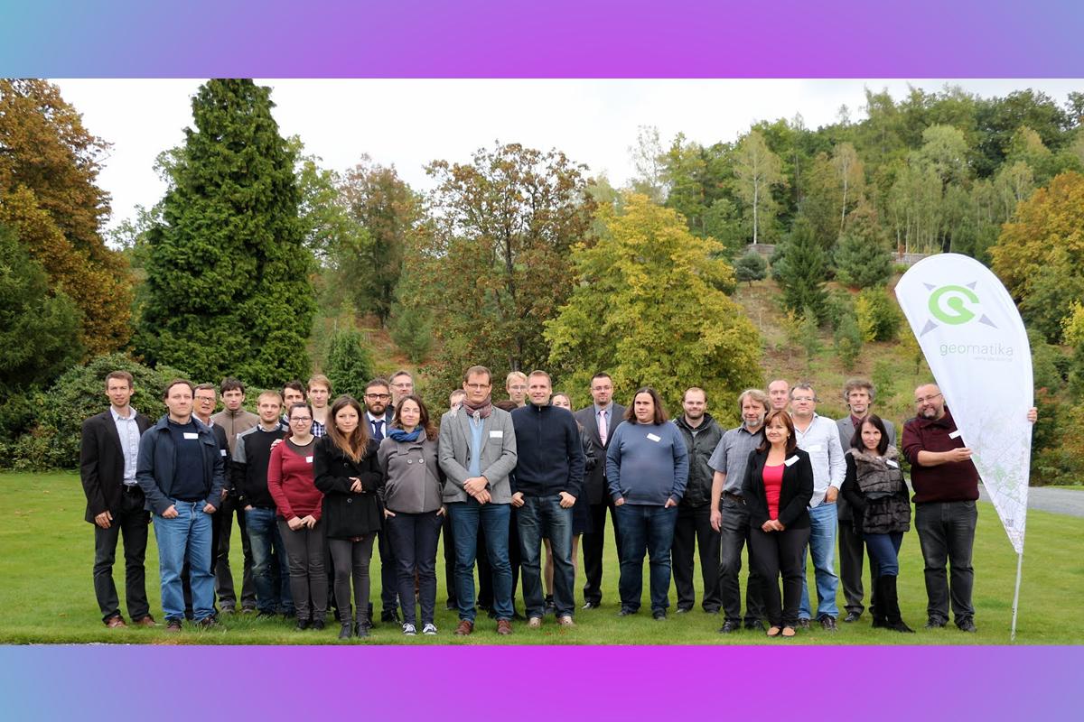 konference Geomatika v projektech 2016 / časopis GeoBusiness