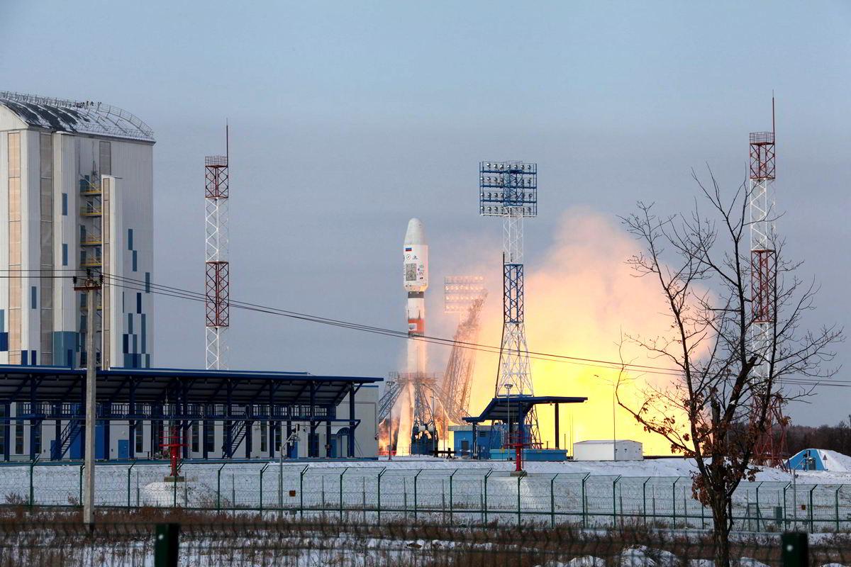 Raketa s družicí Meteor na palubě / foto Roscosmos