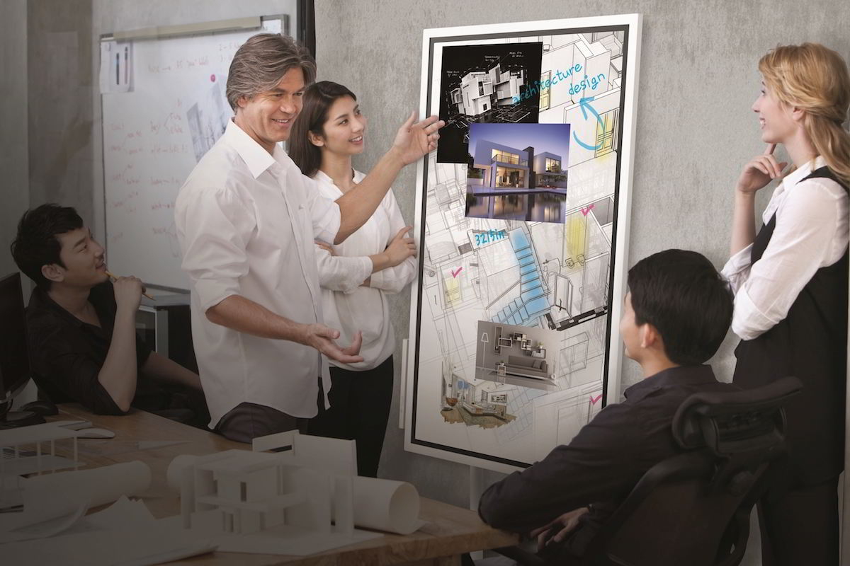 Samsung Flip - digital whiteboard / GeoBusiness